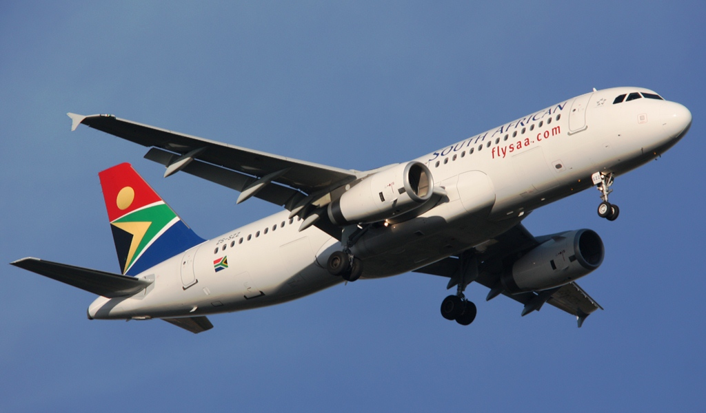 South_African_Airways_Airbus_A320_ZS-SZZ.jpg
